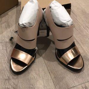 Zara heels in light pink size 8 or 39euro, new